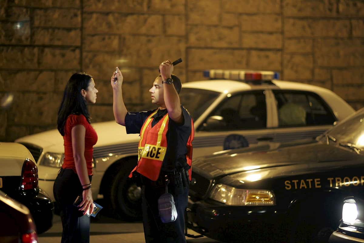 whats the difference between dwi and dui