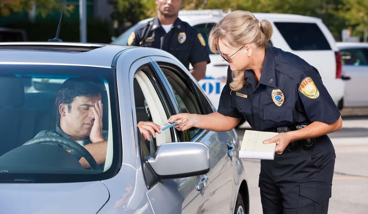 are traffic violations crimes